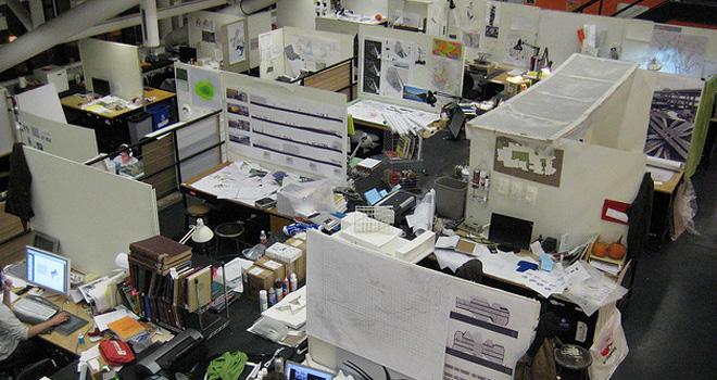Orden limpieza y mi espacio de almac n perdidos en el for Empleo limpieza oficinas